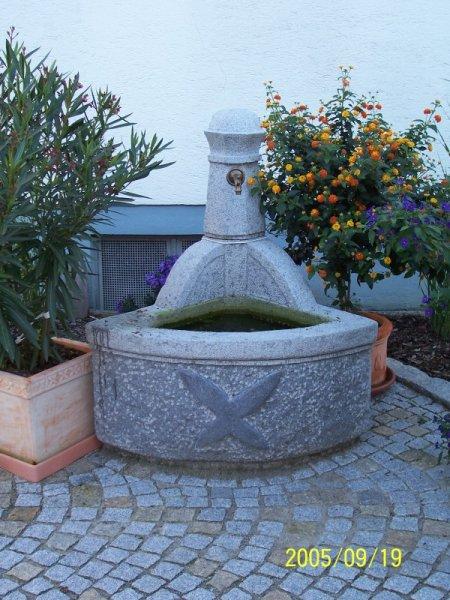 natursteinbrunnen garten, natursteinbrunnen | steinmetz sturm, Design ideen